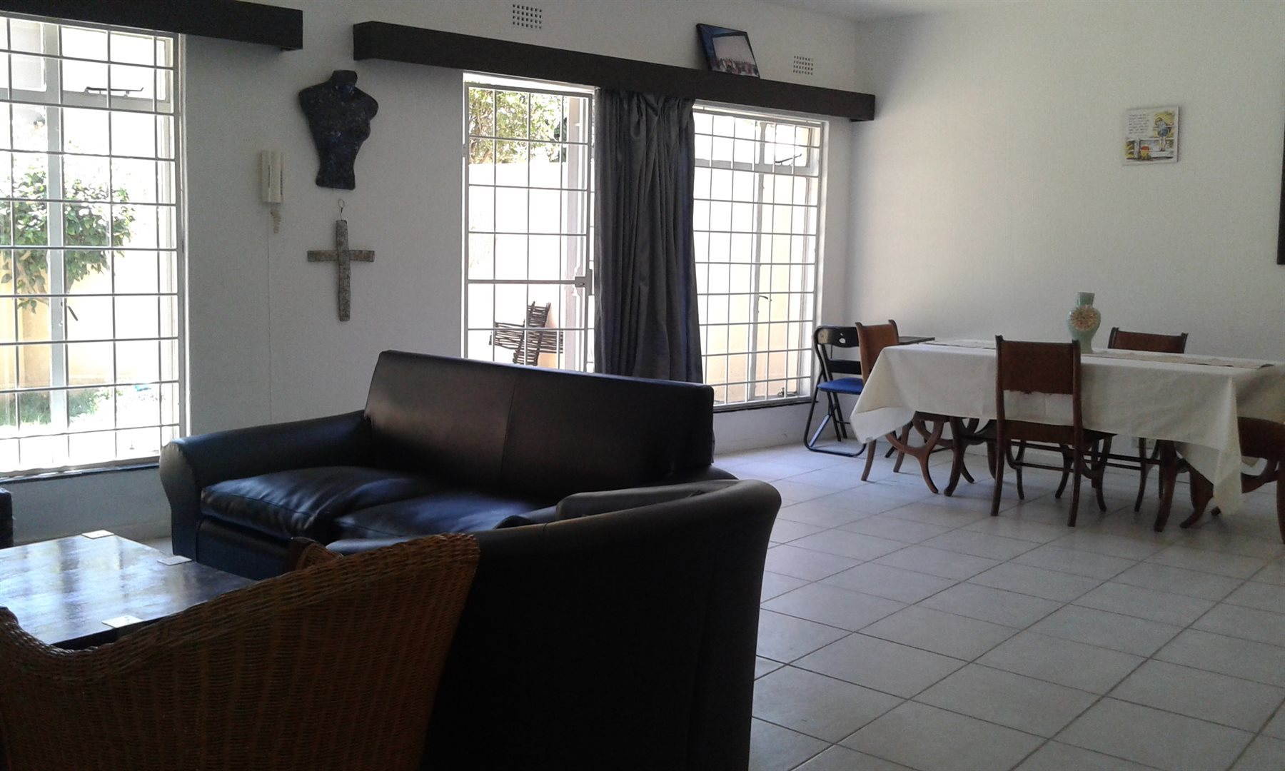 Property and Houses for sale in Malanshof, Apartment, 3 Bedrooms - ZAR 1,150,000