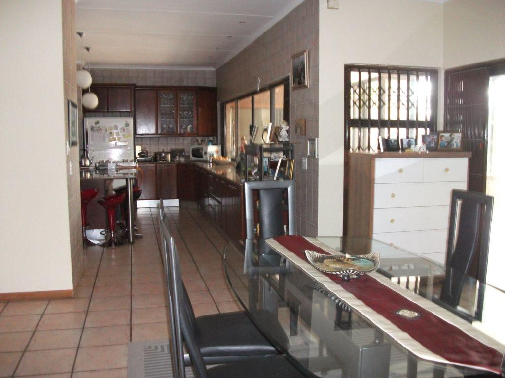 Irene Glen Estate property for sale. Ref No: 12758786. Picture no 13