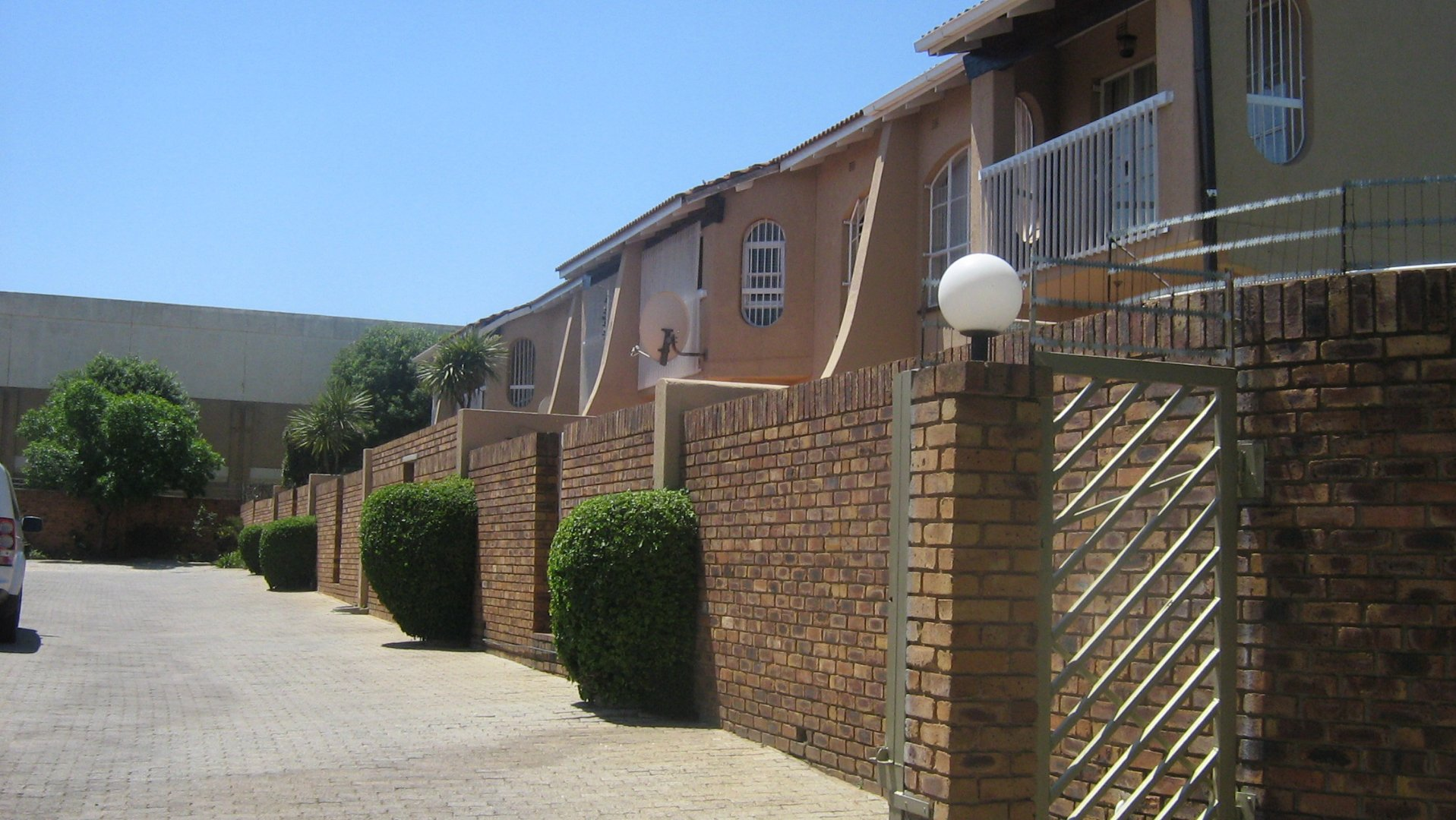 Johannesburg, Ridgeway Property  | Houses For Sale Ridgeway, Ridgeway, Townhouse 3 bedrooms property for sale Price:1,350,000