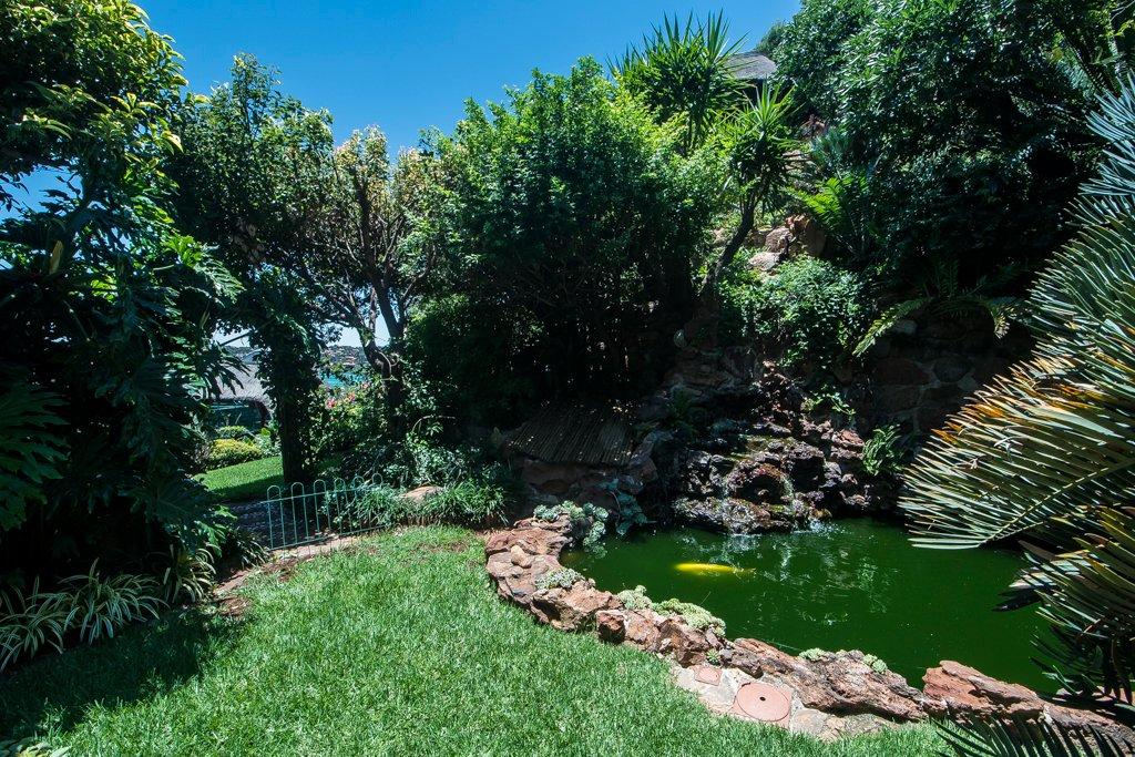 Glenvista property for sale. Ref No: 13529565. Picture no 38