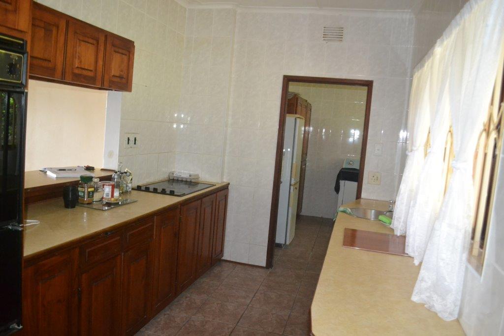 Woodgrange property for sale. Ref No: 13436082. Picture no 7