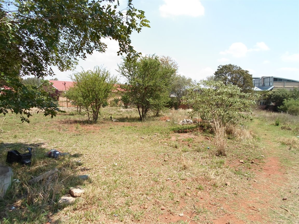 Die Hoewes property for sale. Ref No: 13406101. Picture no 2