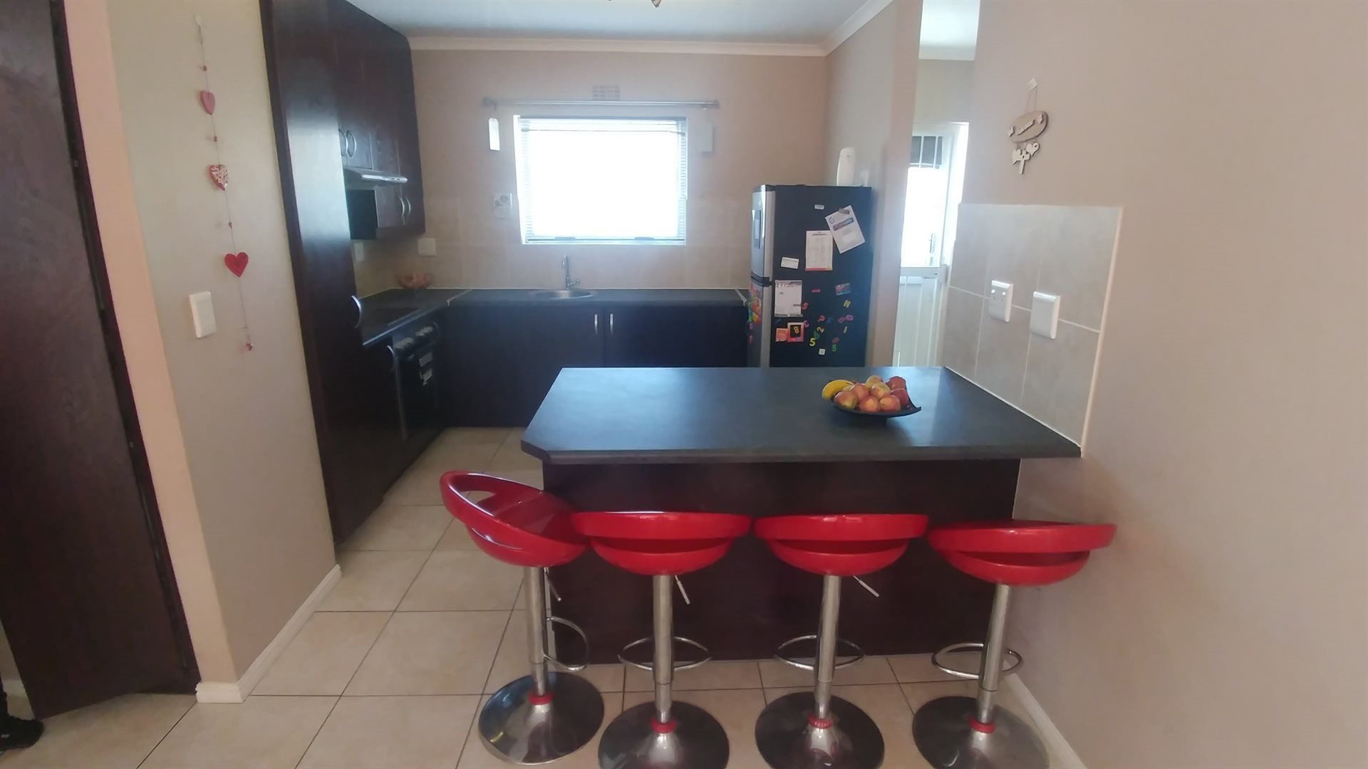 Table View property for sale. Ref No: 13509660. Picture no 4