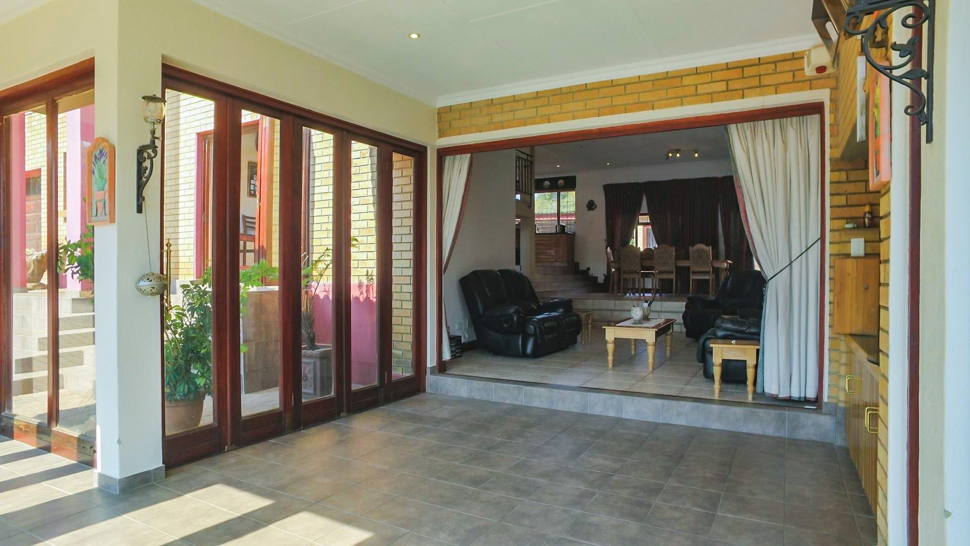 Irene Glen Estate property for sale. Ref No: 13471902. Picture no 28