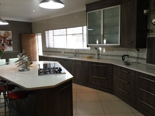 Three Rivers East property for sale. Ref No: 13401710. Picture no 3