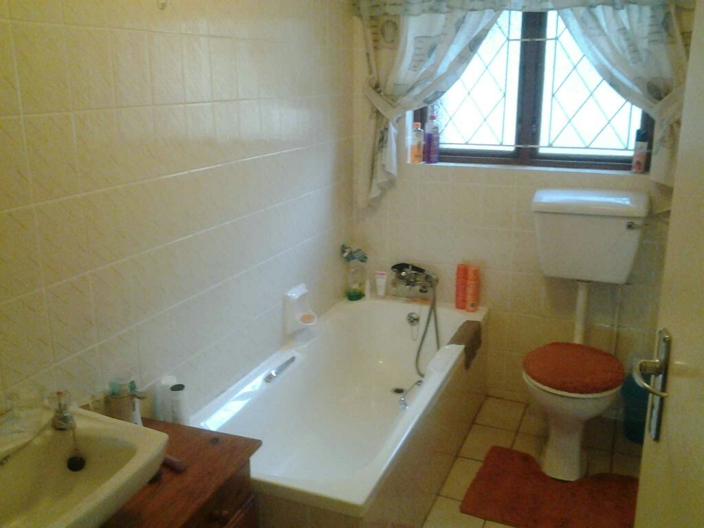 Southport property for sale. Ref No: 13330200. Picture no 13