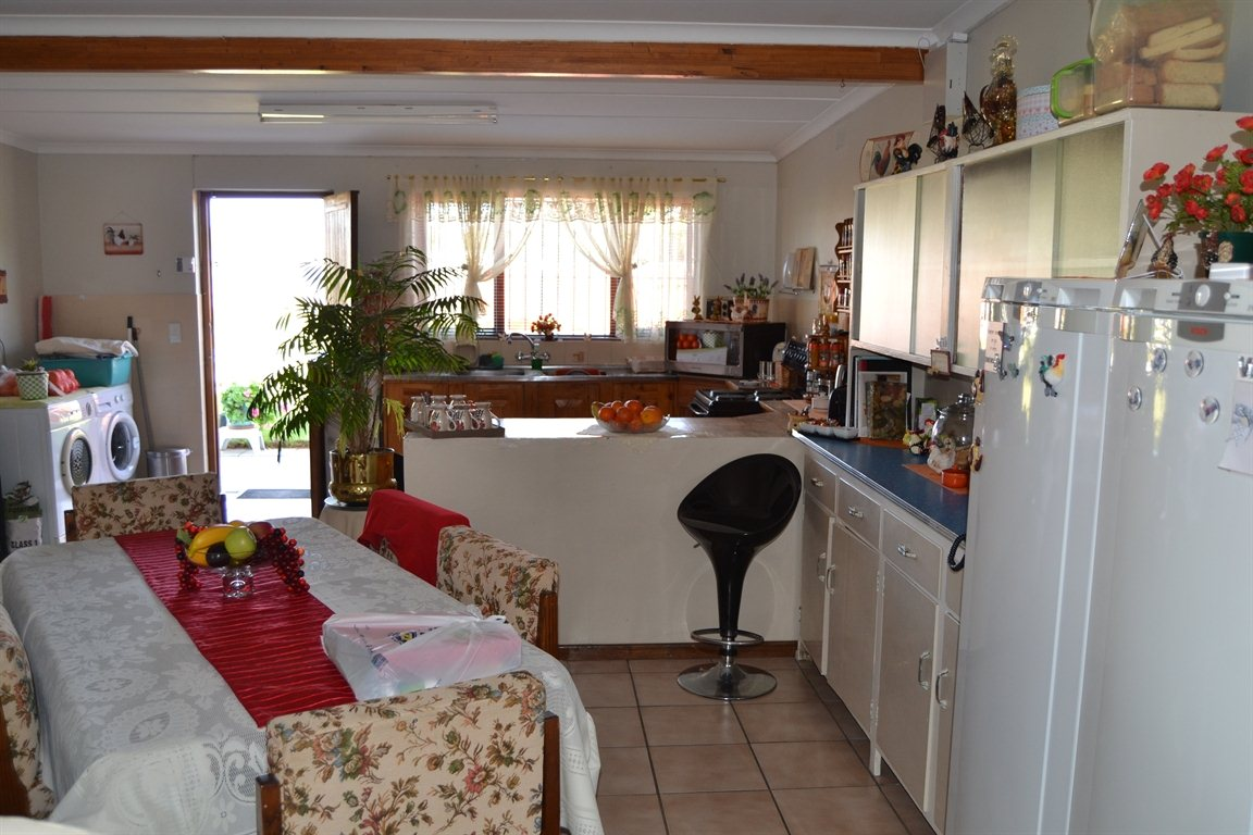 Lamberts Bay property for sale. Ref No: 13363306. Picture no 3