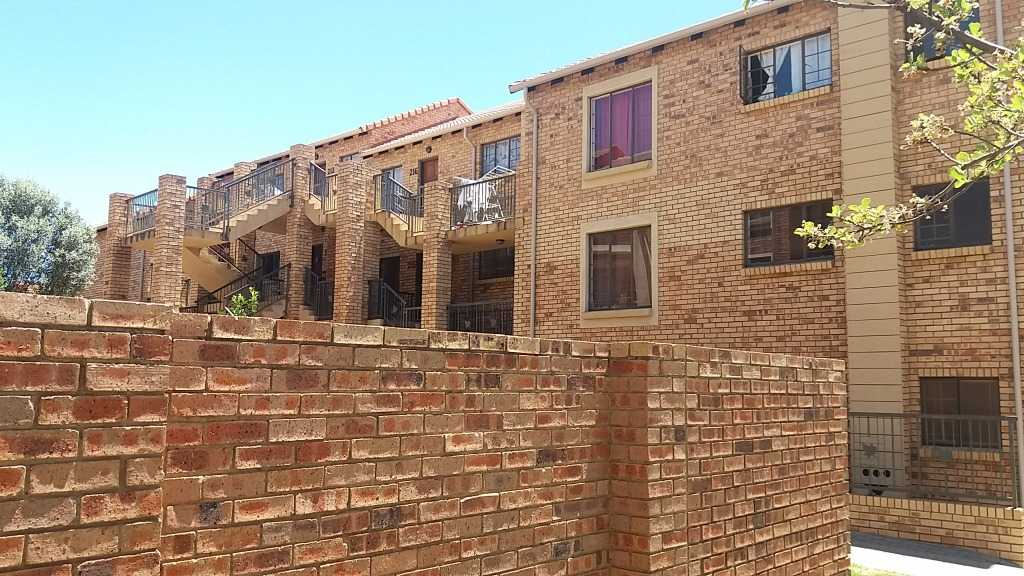 Property to Rent by Yvette Hutton, House, 2 Bedrooms - ZAR ,  7,50*,M
