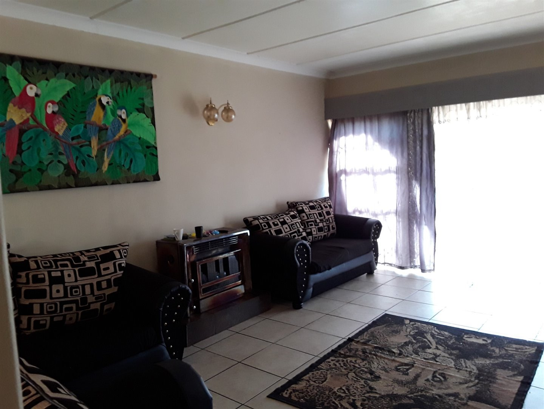 Risiville property for sale. Ref No: 13497331. Picture no 4