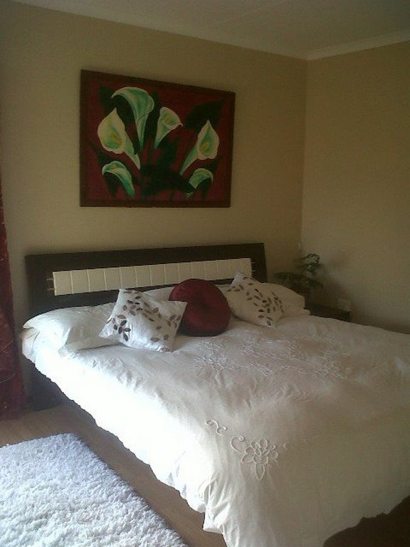 Country Club property for sale. Ref No: 13567857. Picture no 16