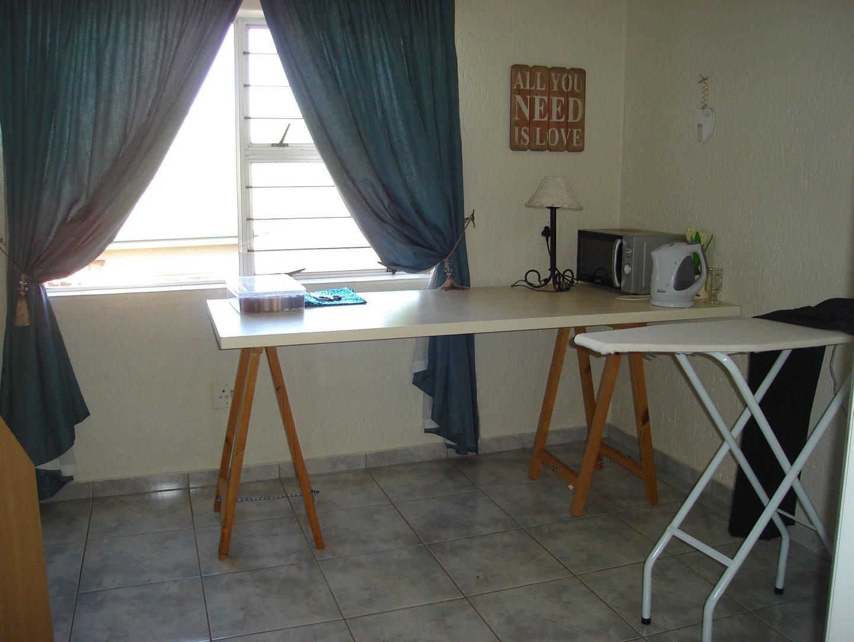 Eldoraigne property for sale. Ref No: 13494397. Picture no 24
