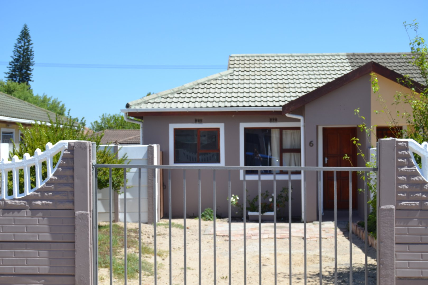 Property and Houses for sale in Belmont Park, House, 2 Bedrooms - ZAR 670,000