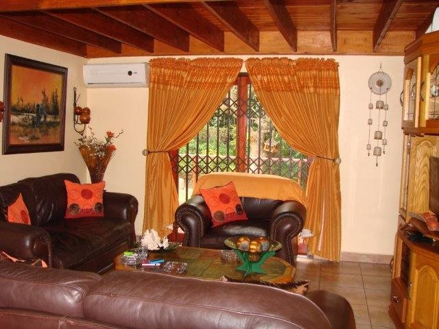 Southport property for sale. Ref No: 13398383. Picture no 13