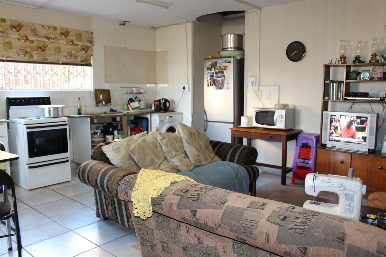 Laudium property for sale. Ref No: 13521418. Picture no 2