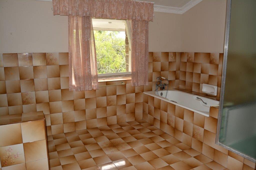 Woodgrange property for sale. Ref No: 13413908. Picture no 24