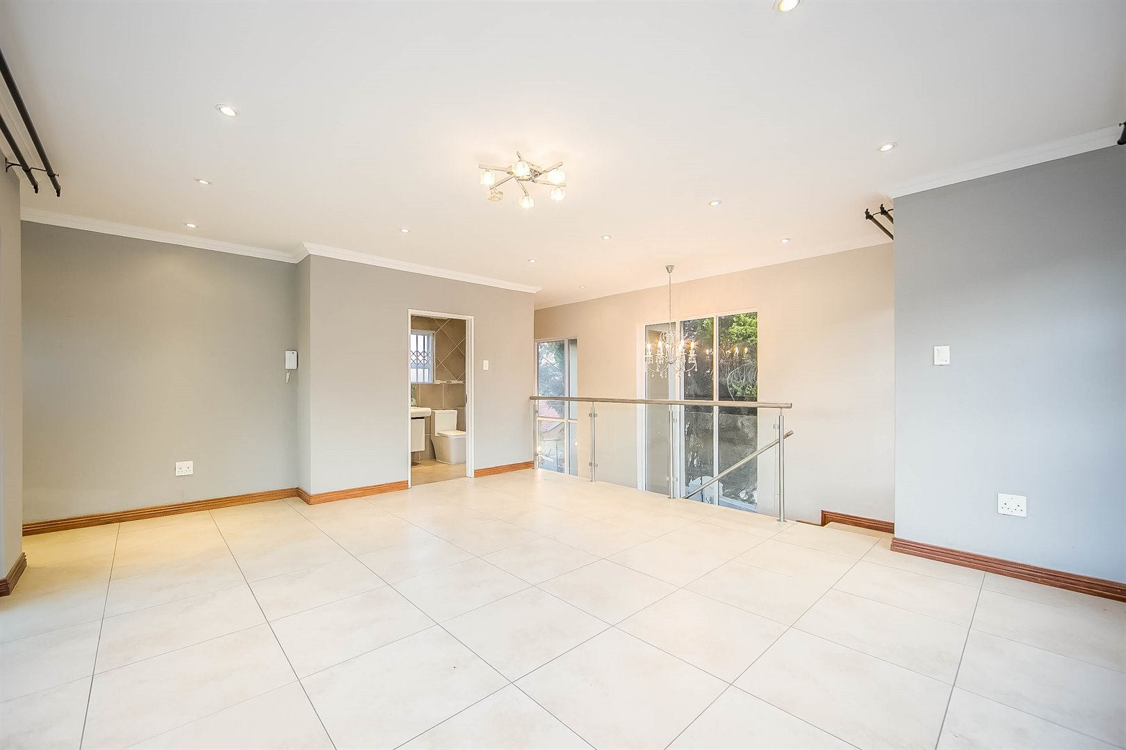Lonehill property for sale. Ref No: 13510684. Picture no 6