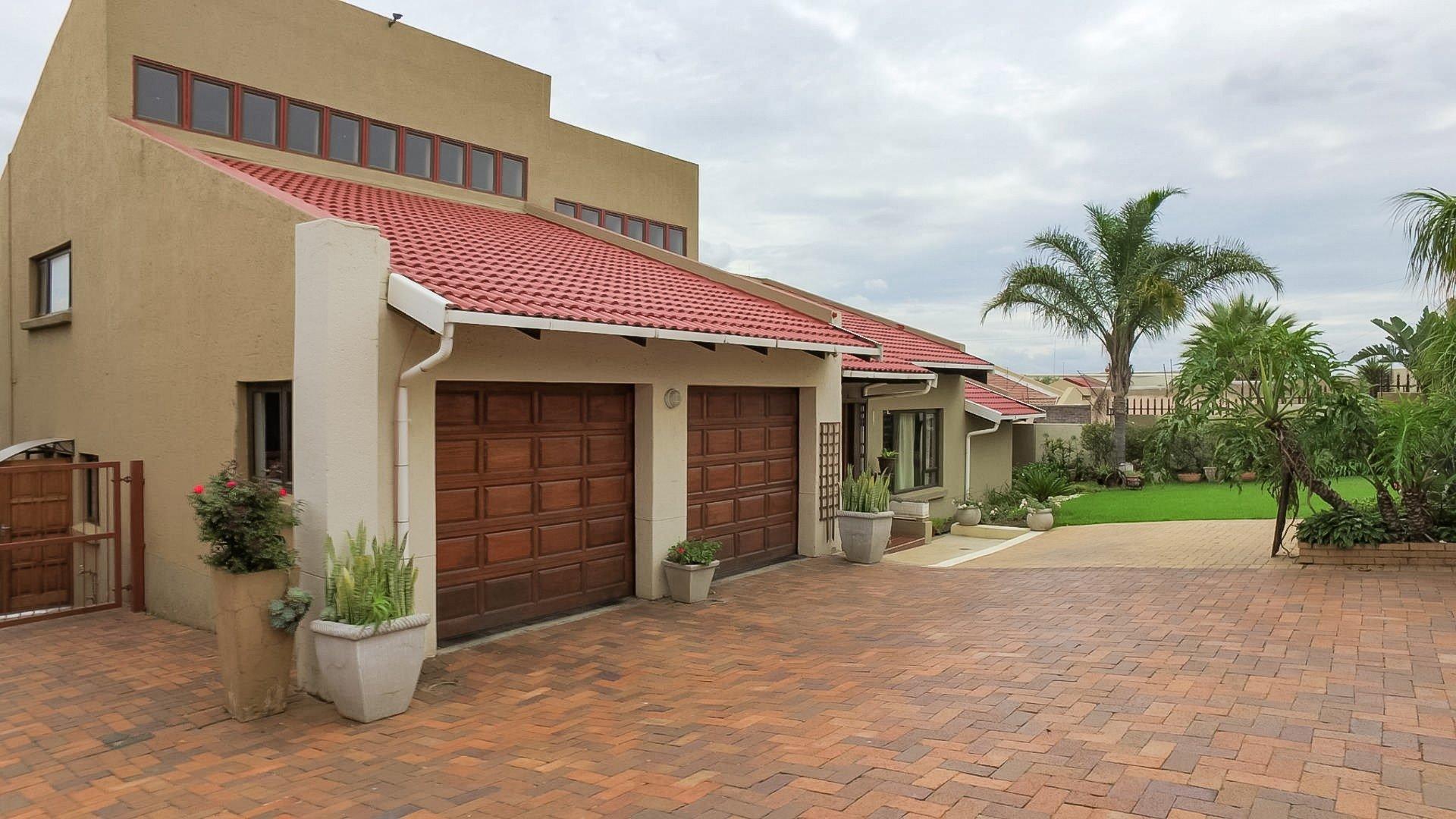 Germiston, Elandshaven Property  | Houses For Sale Elandshaven, Elandshaven, House 3 bedrooms property for sale Price:1,950,000