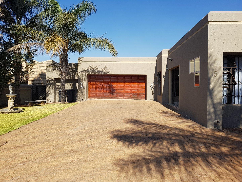Krugersdorp, Noordheuwel Property  | Houses For Sale Noordheuwel, Noordheuwel, House 4 bedrooms property for sale Price:2,850,000