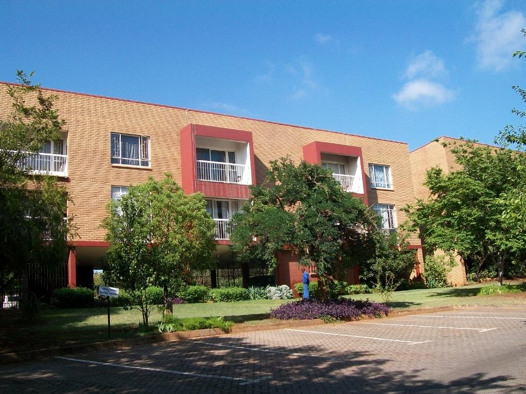 Property and Houses to rent in Zwartkop, Apartment, 2 Bedrooms - ZAR ,  7,50*,M