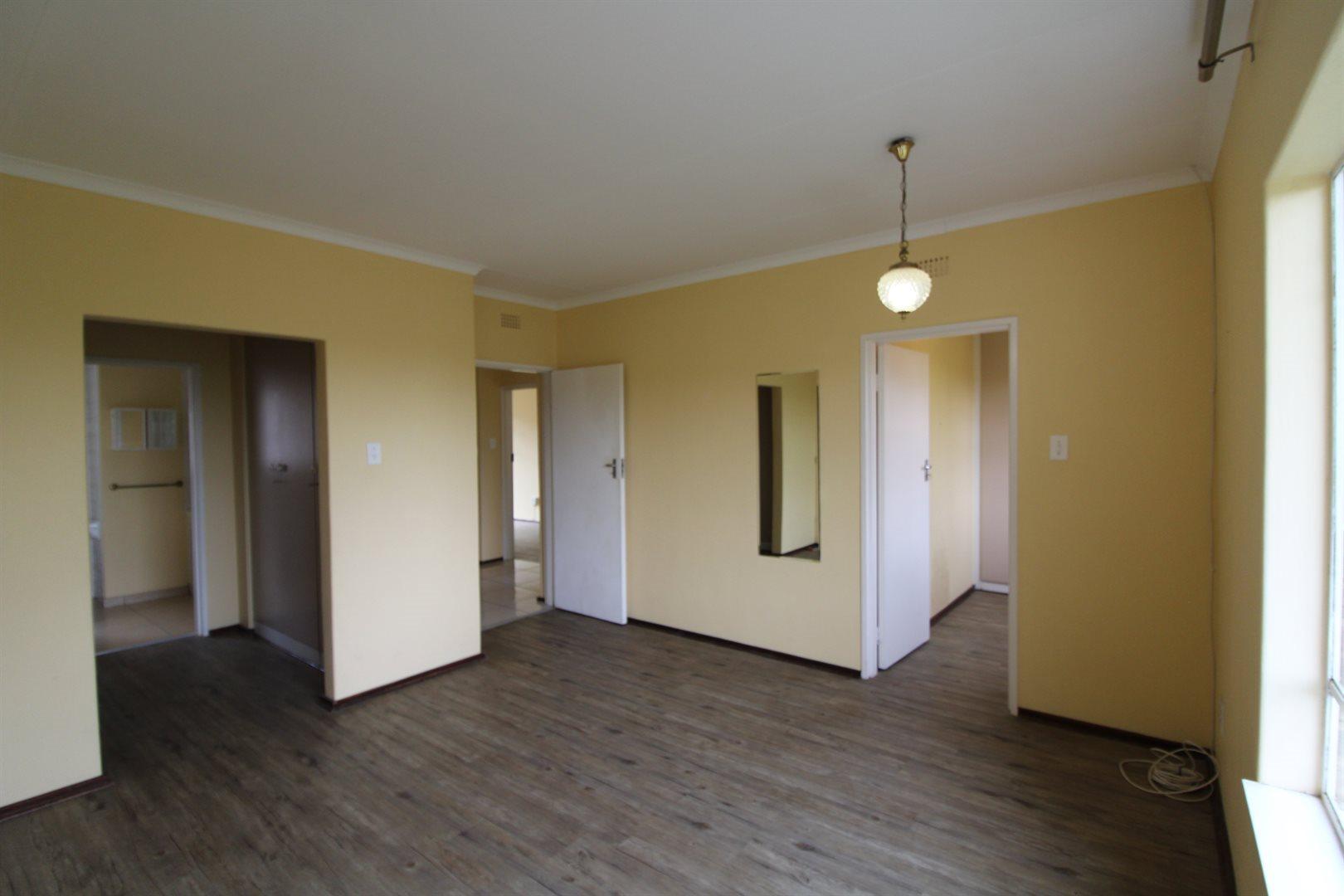Bryanston property for sale. Ref No: 13552406. Picture no 17