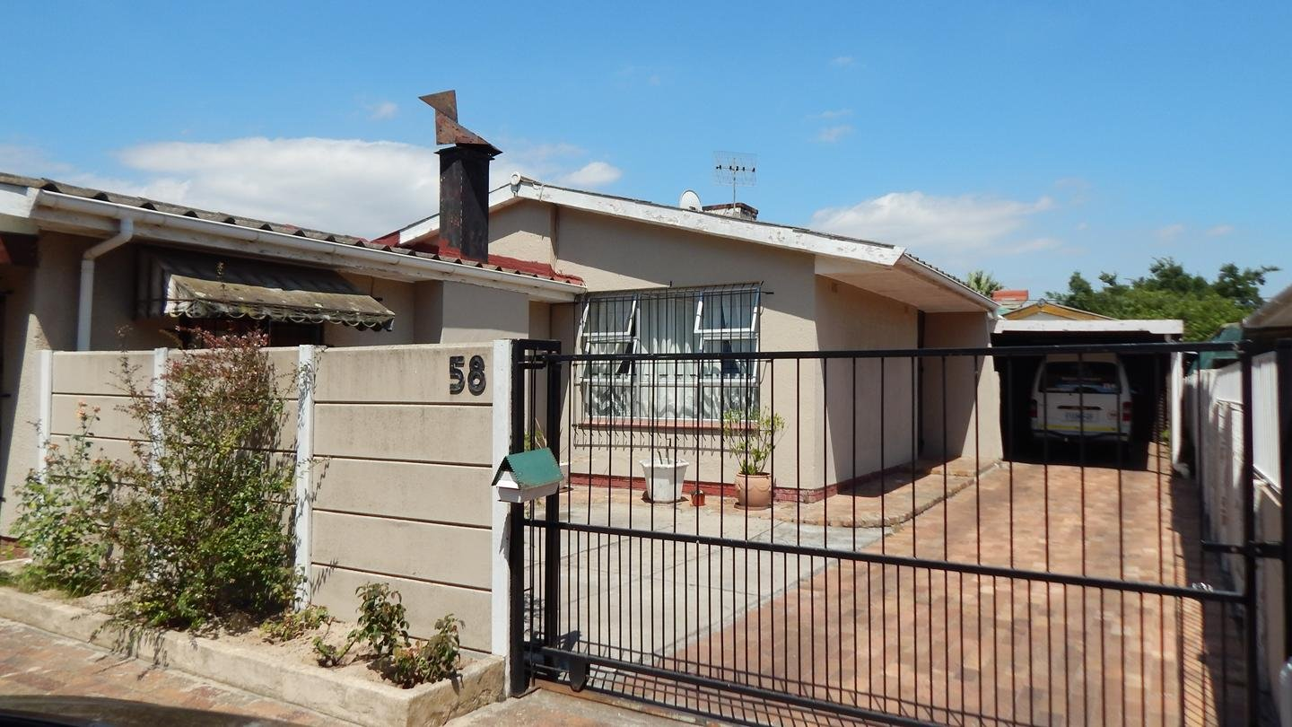 Kraaifontein, Belmont Park Property  | Houses For Sale Belmont Park, Belmont Park, House 5 bedrooms property for sale Price:1,250,000