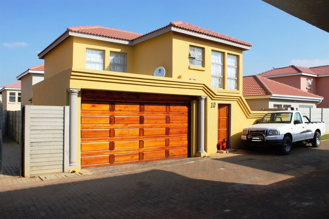 Pretoria, Karenpark Property  | Houses For Sale Karenpark, Karenpark, House 3 bedrooms property for sale Price:845,000