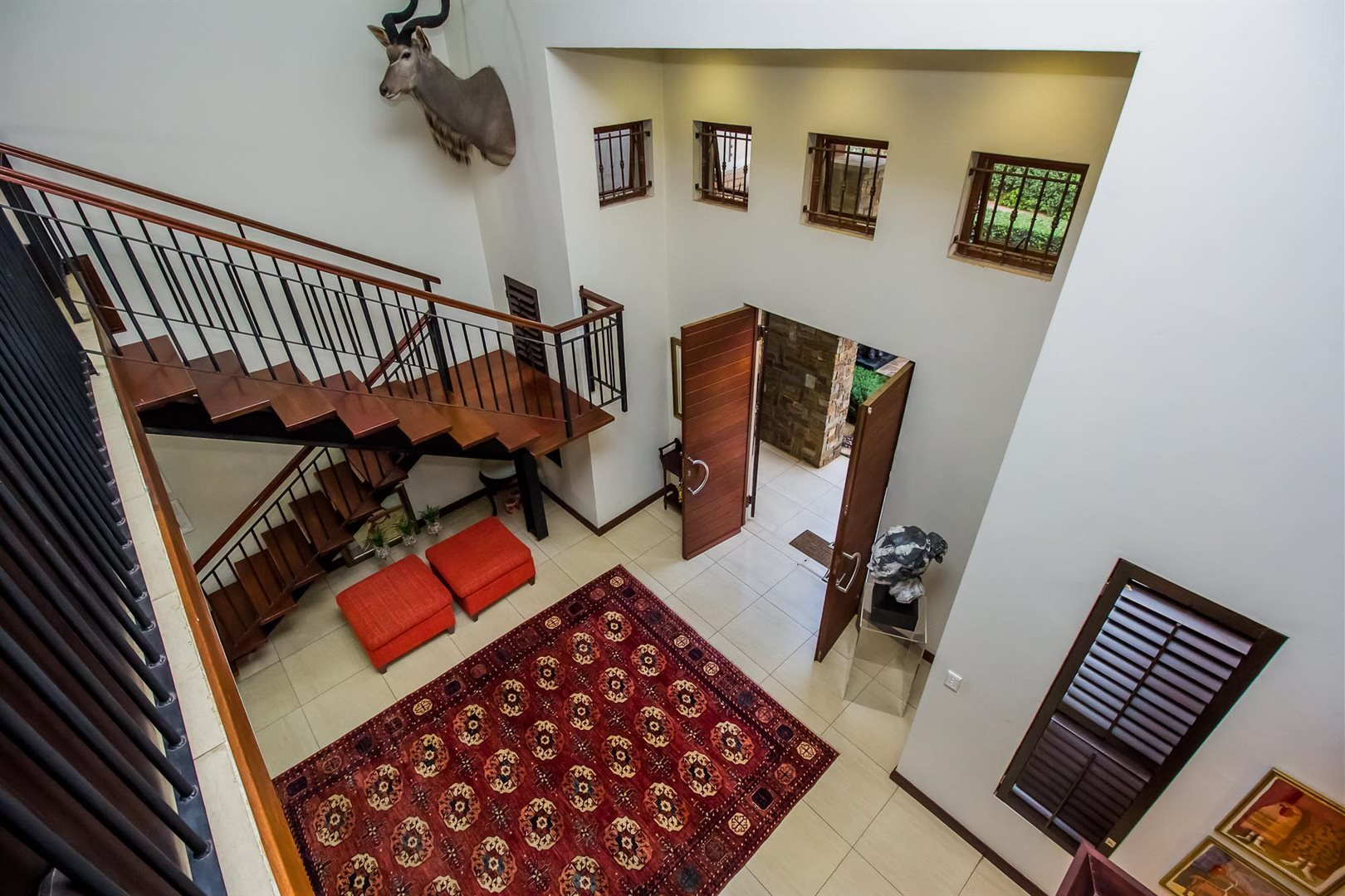 Waterkloof Ridge property for sale. Ref No: 13535230. Picture no 5