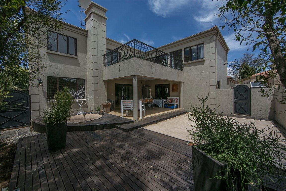 Sandton, Broadacres Property  | Houses For Sale Broadacres, Broadacres, House 3 bedrooms property for sale Price:3,000,000
