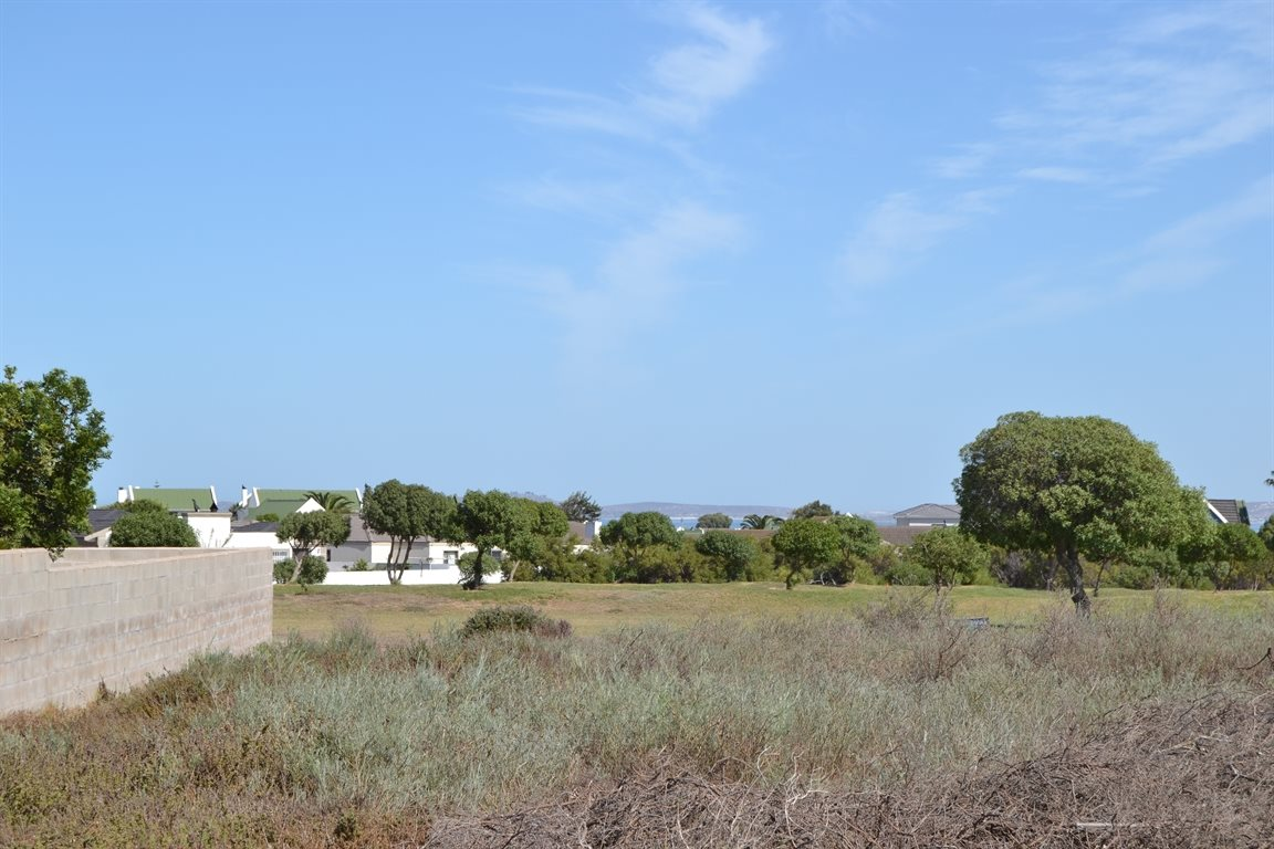 Country Club property for sale. Ref No: 13303494. Picture no 5