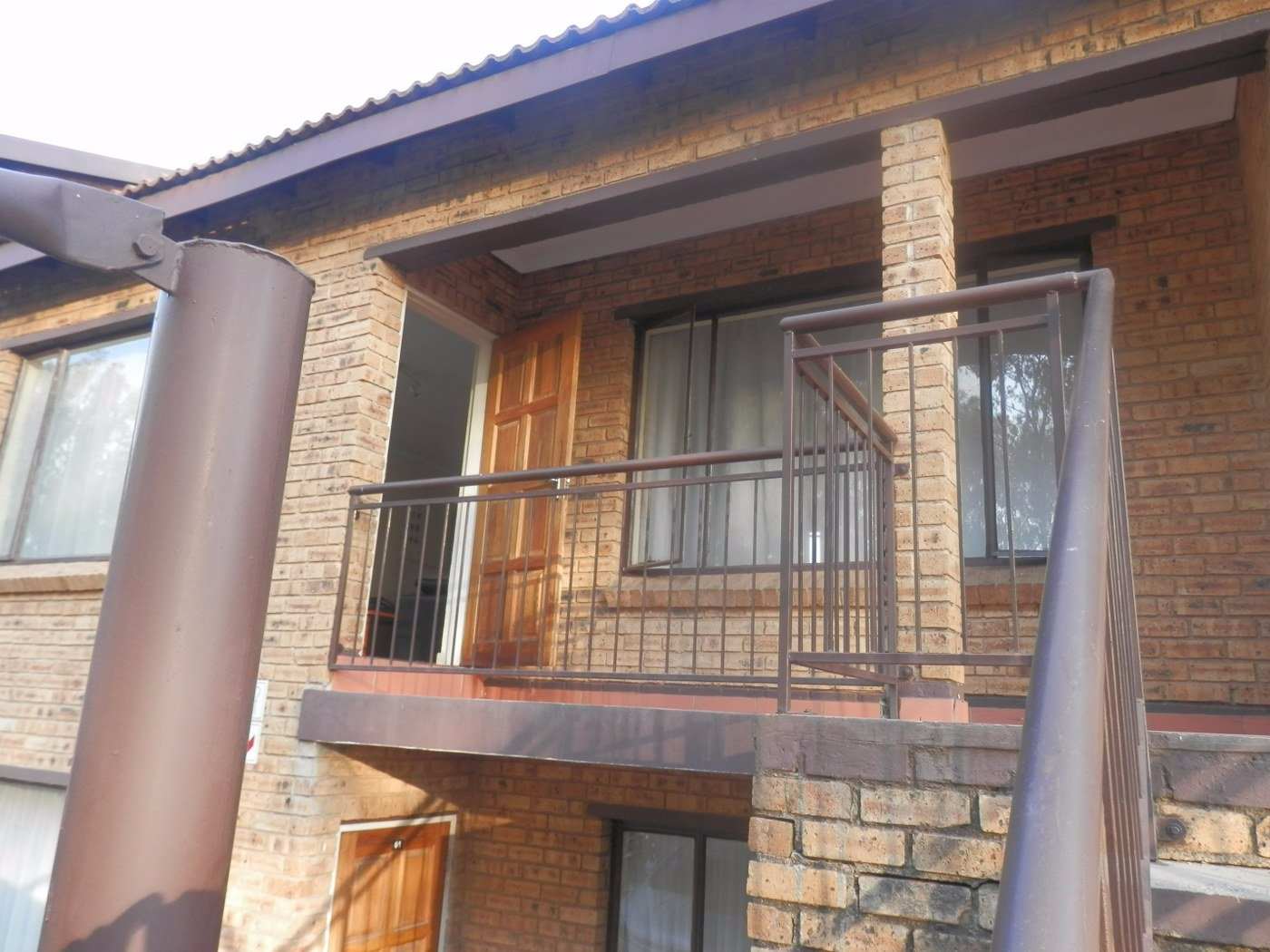 Johannesburg, Meredale Property  | Houses For Sale Meredale, Meredale, Townhouse 2 bedrooms property for sale Price:600,000