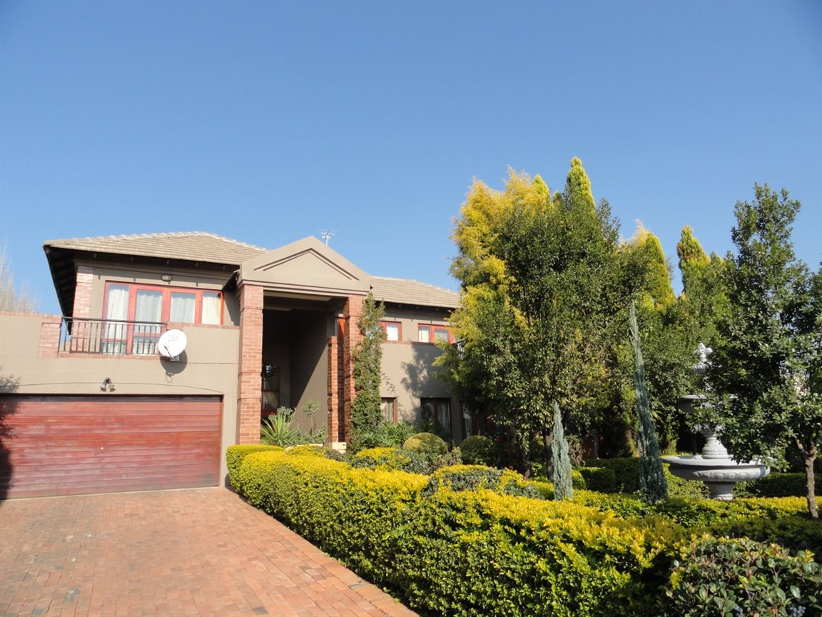 Pretoria, Willow Acres Estate Property  | Houses To Rent Willow Acres Estate, Willow Acres Estate, House 4 bedrooms property to rent Price:, 28,00*