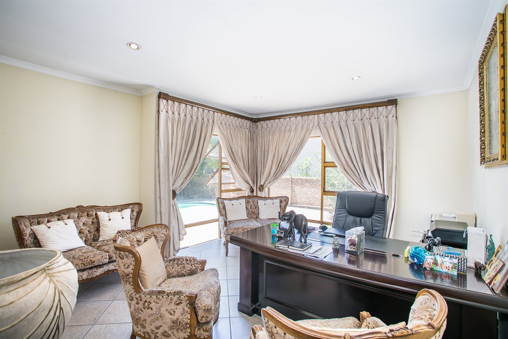 Fourways Gardens property to rent. Ref No: 13554935. Picture no 4