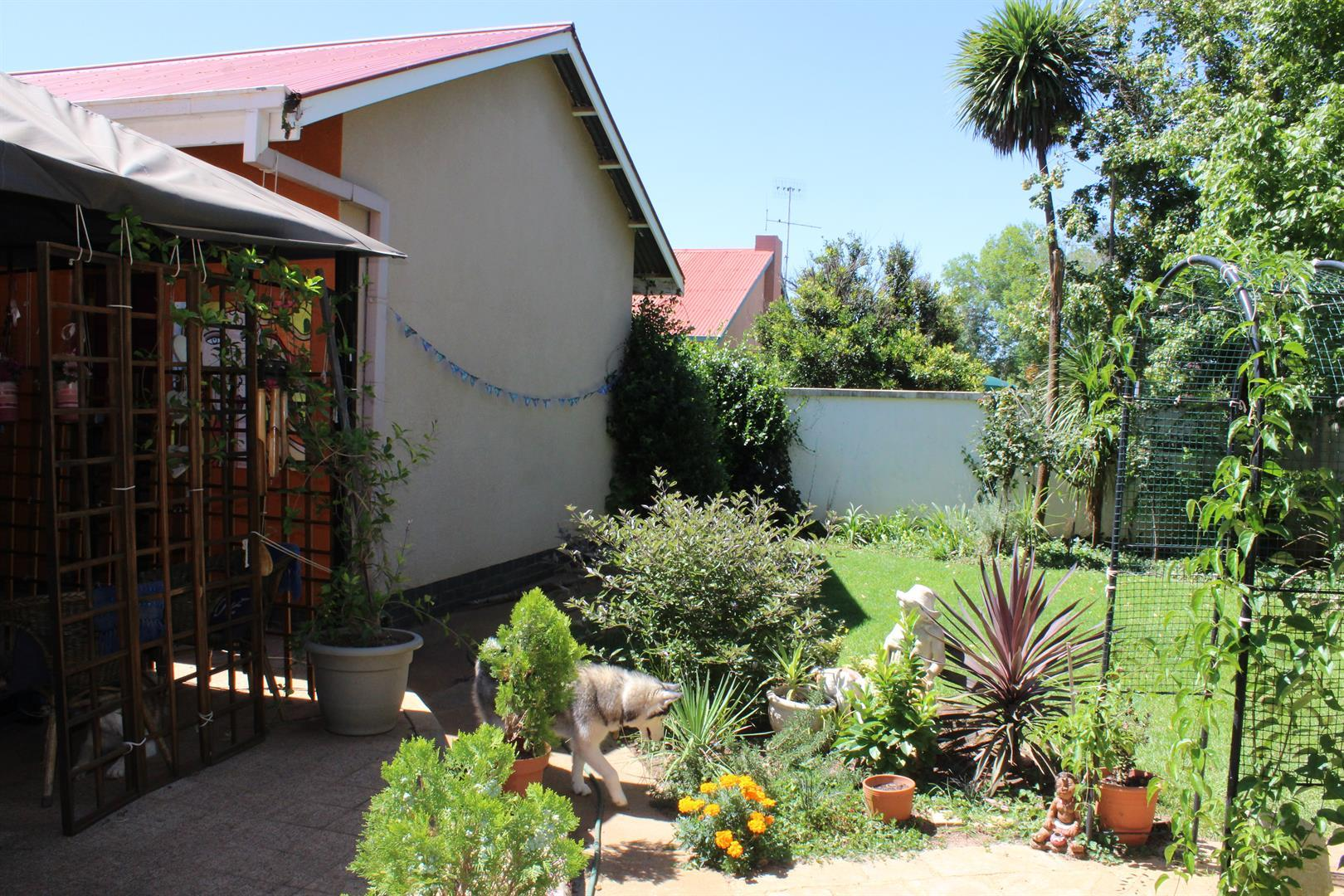 Potchefstroom property for sale. Ref No: 13433840. Picture no 1