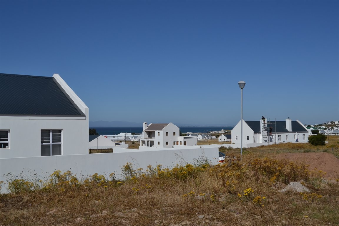 Harbour Lights property for sale. Ref No: 13418618. Picture no 11