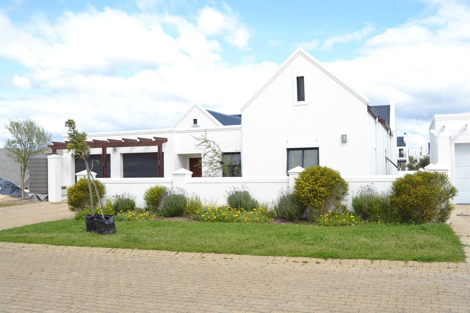 Property and Houses for sale in Croydon Olive Estate, House, 4 Bedrooms - ZAR 4,870,000