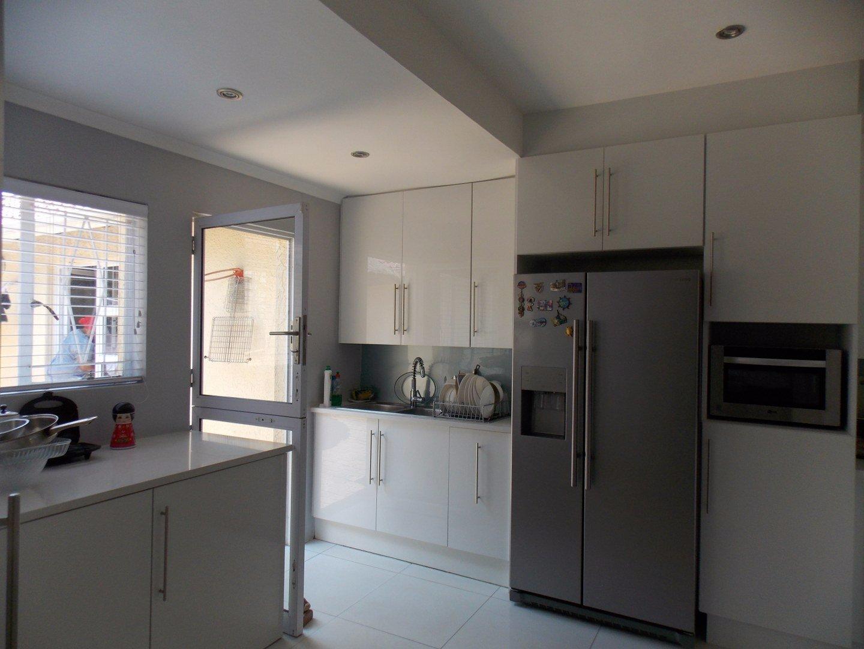 Mulbarton property for sale. Ref No: 13564299. Picture no 16