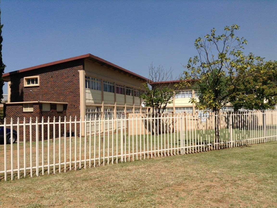 Property and Houses for sale in Gauteng - Page 1761, Apartment, 2 Bedrooms - ZAR 420,000