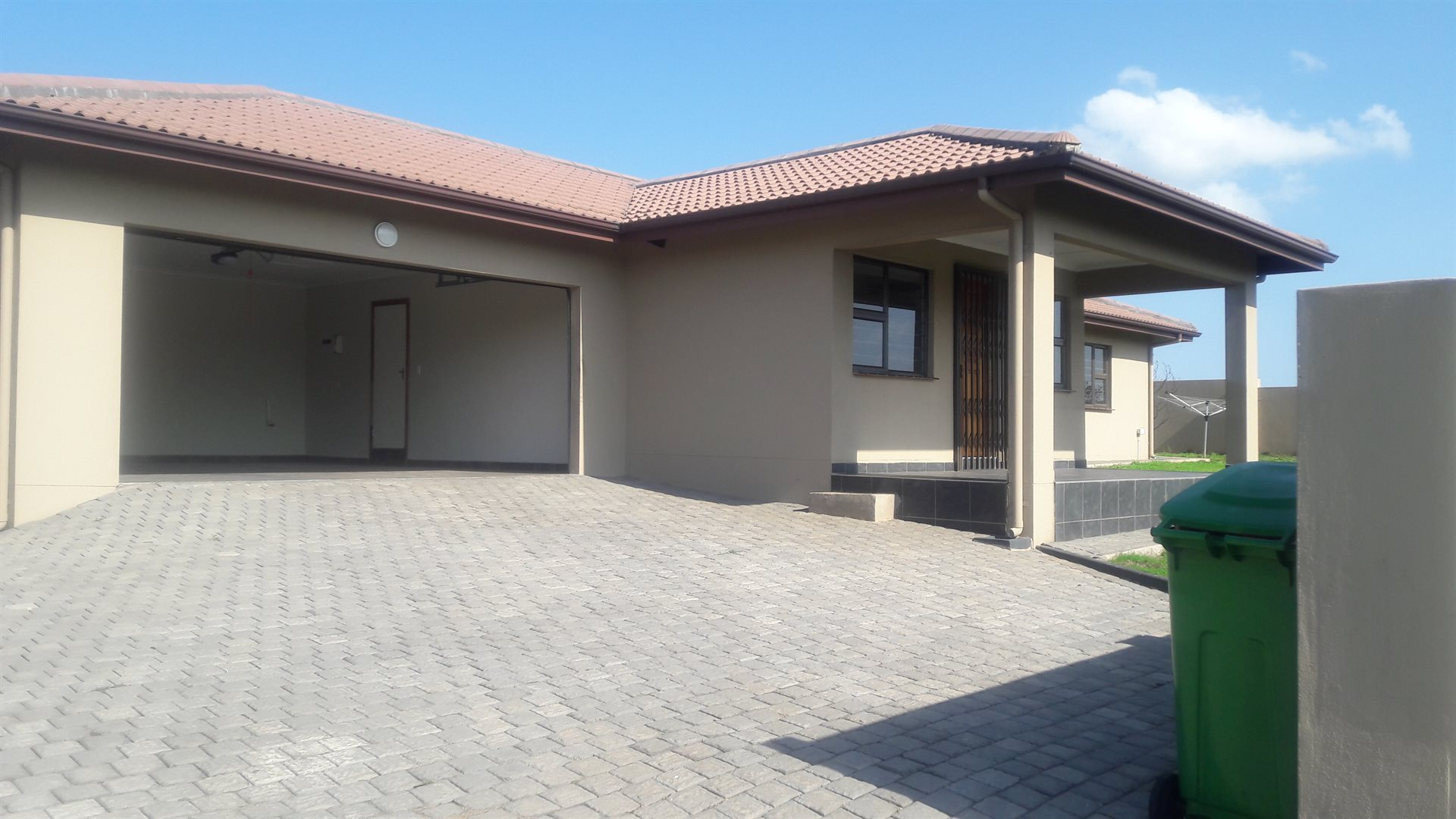 Empangeni, Inyala Park Property  | Houses For Sale Inyala Park, Inyala Park, Apartment 3 bedrooms property for sale Price:1,590,000