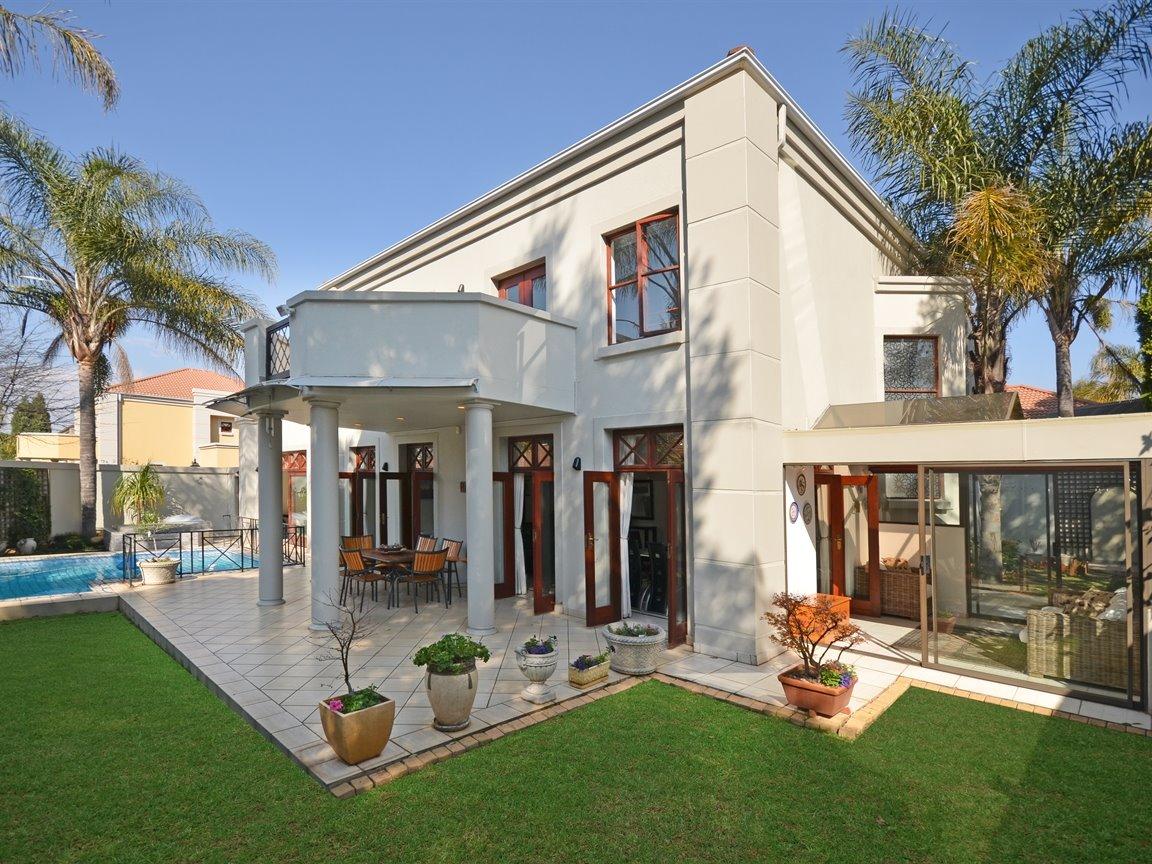 Houghton Estate Property For Sale Ref No 13376116 Picture No 1