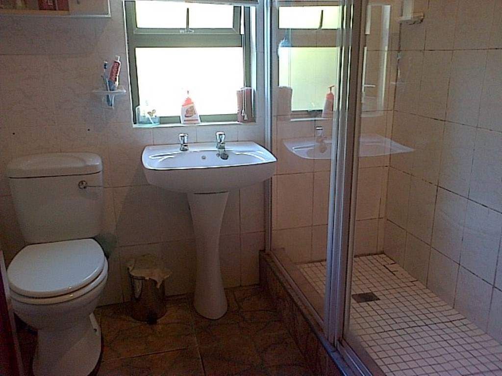 Ramsgate property for sale. Ref No: 12734531. Picture no 20