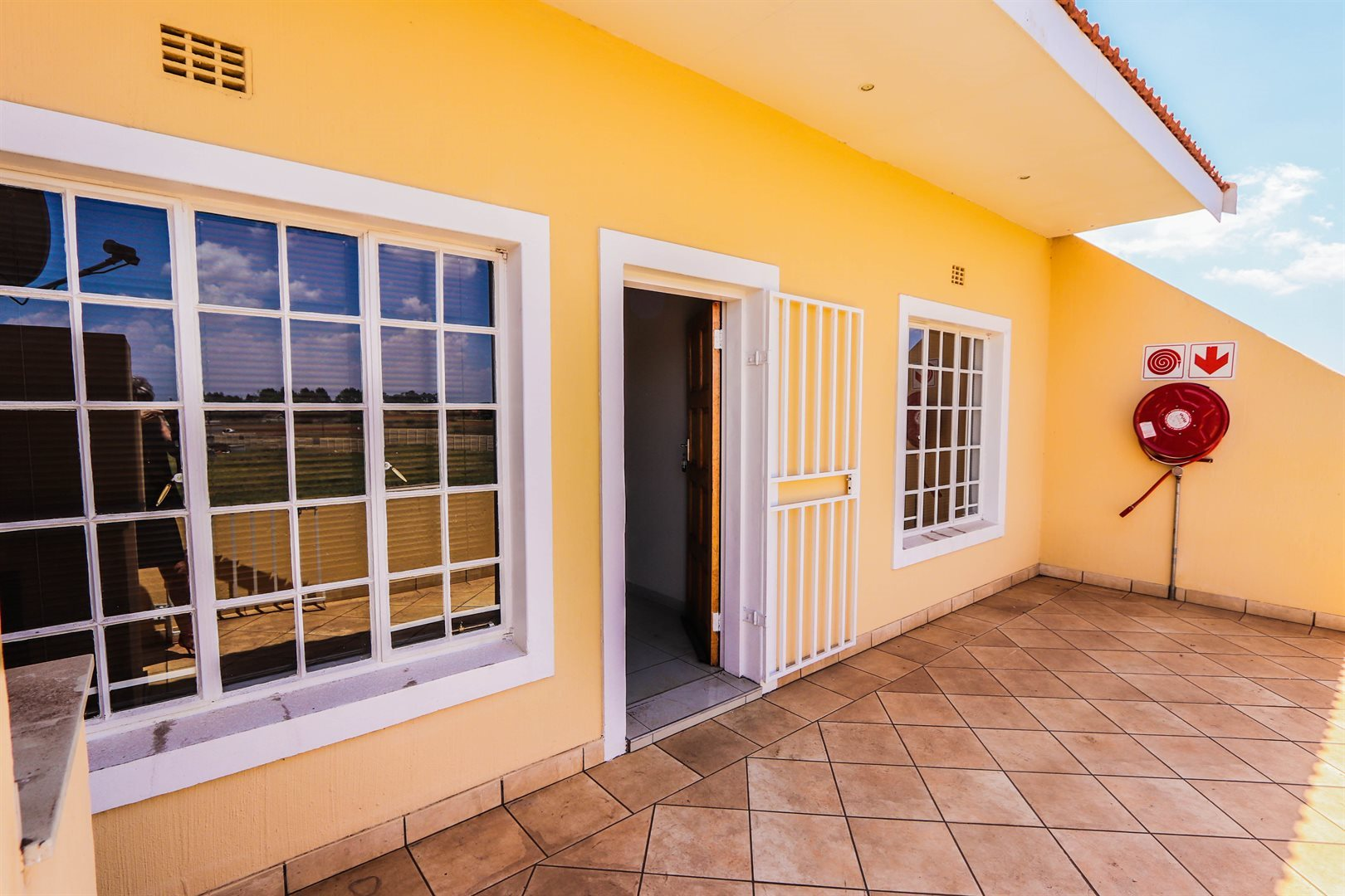 Property and Houses for sale in Gauteng - Page 1761, Townhouse, 2 Bedrooms - ZAR 482,000