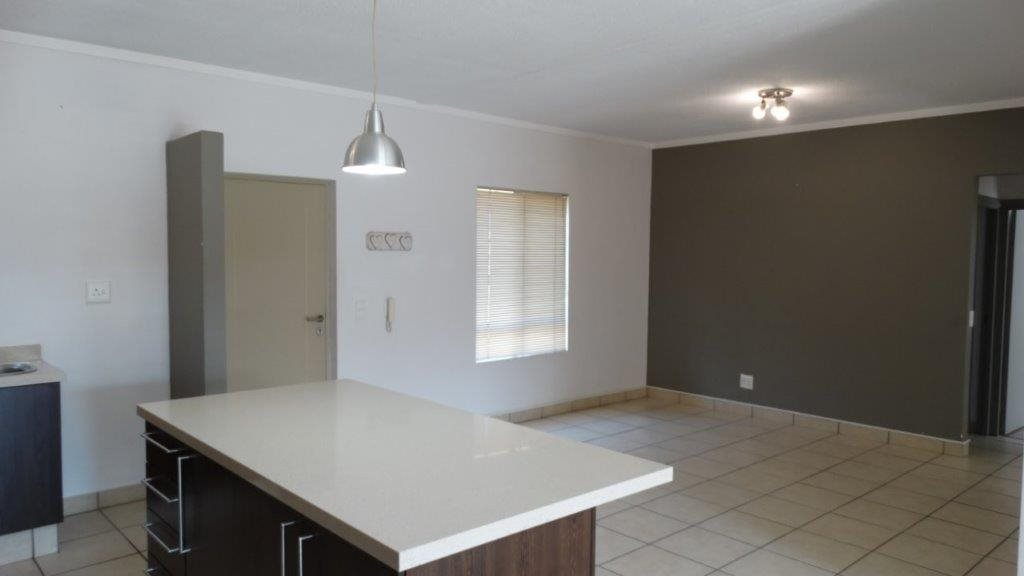 Fourways property to rent. Ref No: 13533114. Picture no 7