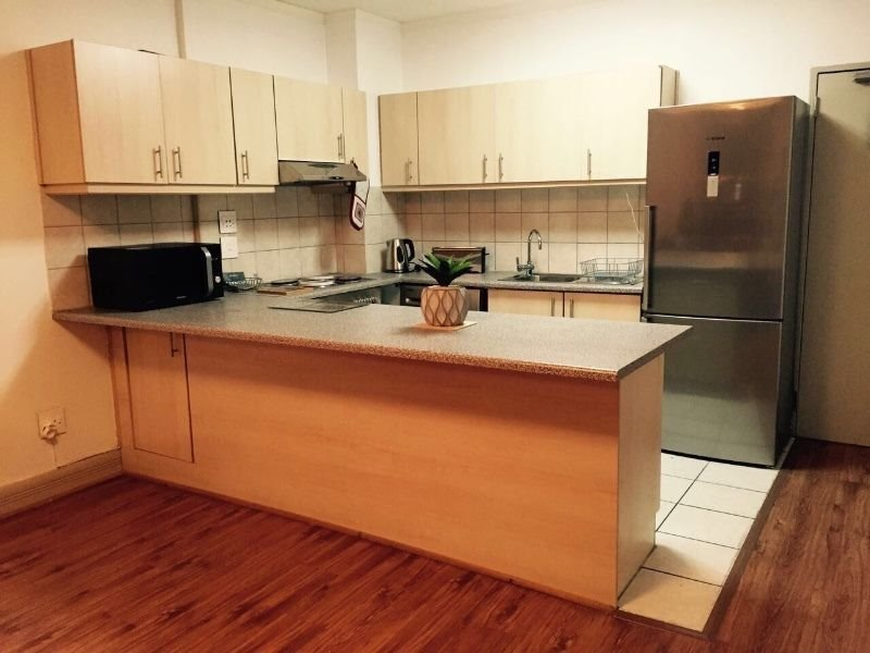 Cape Town City Centre property to rent. Ref No: 13465207. Picture no 9