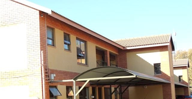 Potchefstroom property for sale. Ref No: 13388038. Picture no 11