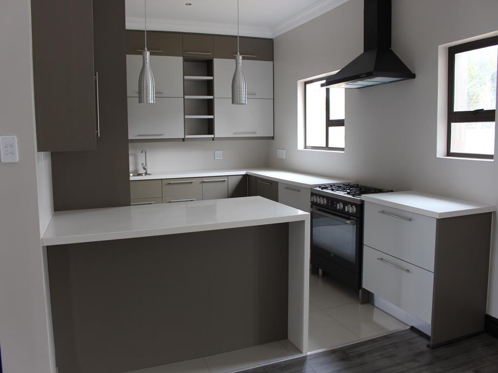 Celtisdal property for sale. Ref No: 13230610. Picture no 4