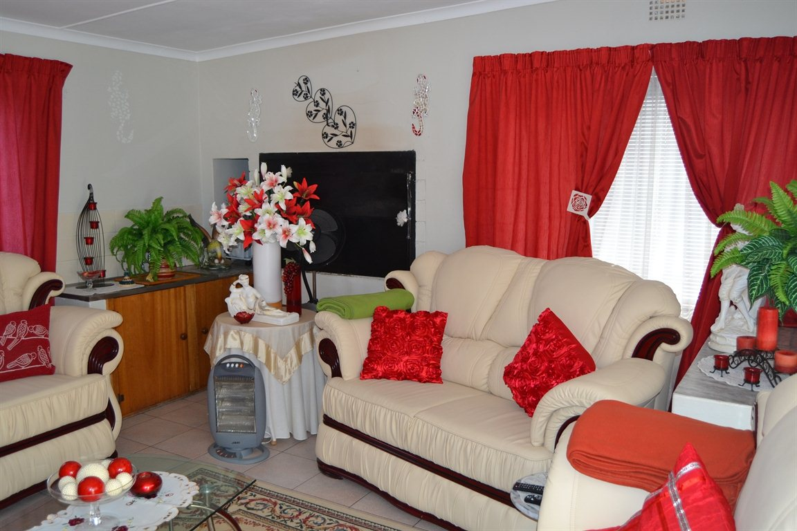 Lamberts Bay property for sale. Ref No: 13363306. Picture no 6