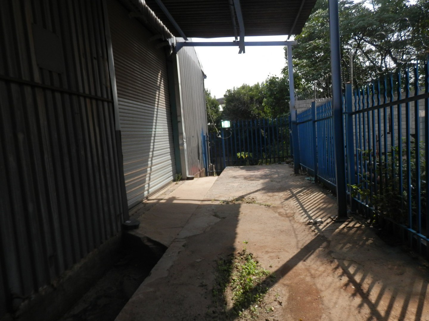 Eastleigh property for sale. Ref No: 13593580. Picture no 34