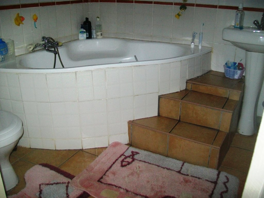 Ramsgate property for sale. Ref No: 12768152. Picture no 10