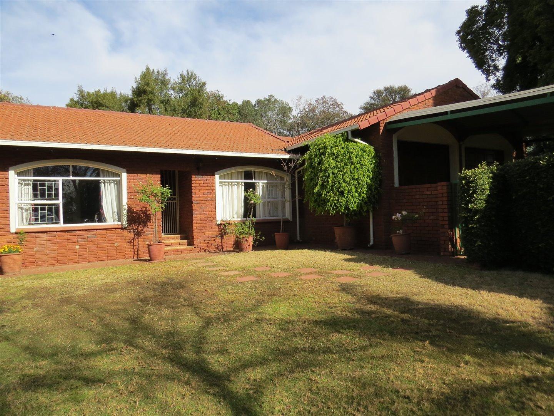 Centurion, Eldoraigne Property  | Houses For Sale Eldoraigne, Eldoraigne, House 6 bedrooms property for sale Price:3,150,000