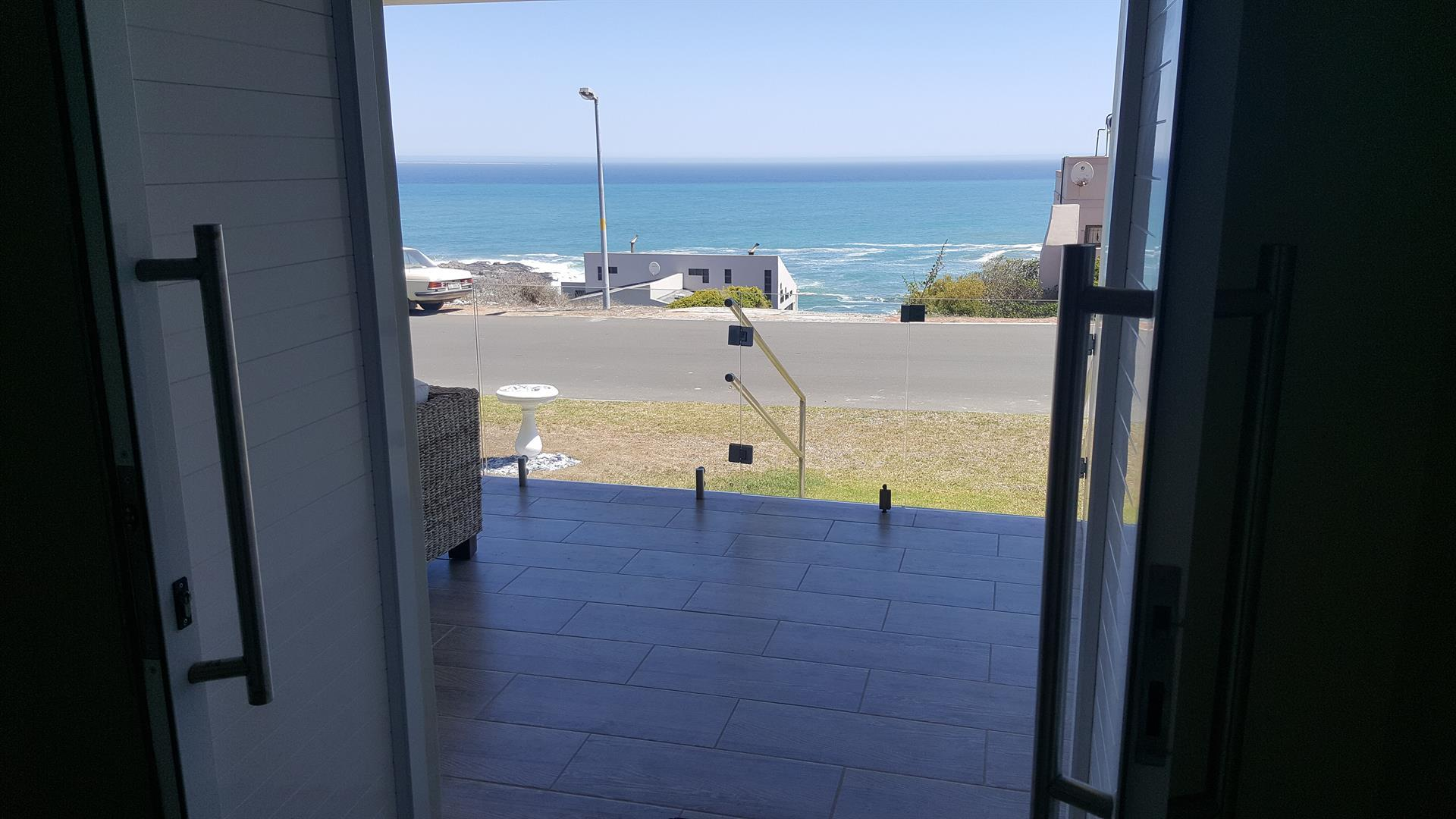 Yzerfontein property for sale. Ref No: 13454156. Picture no 6